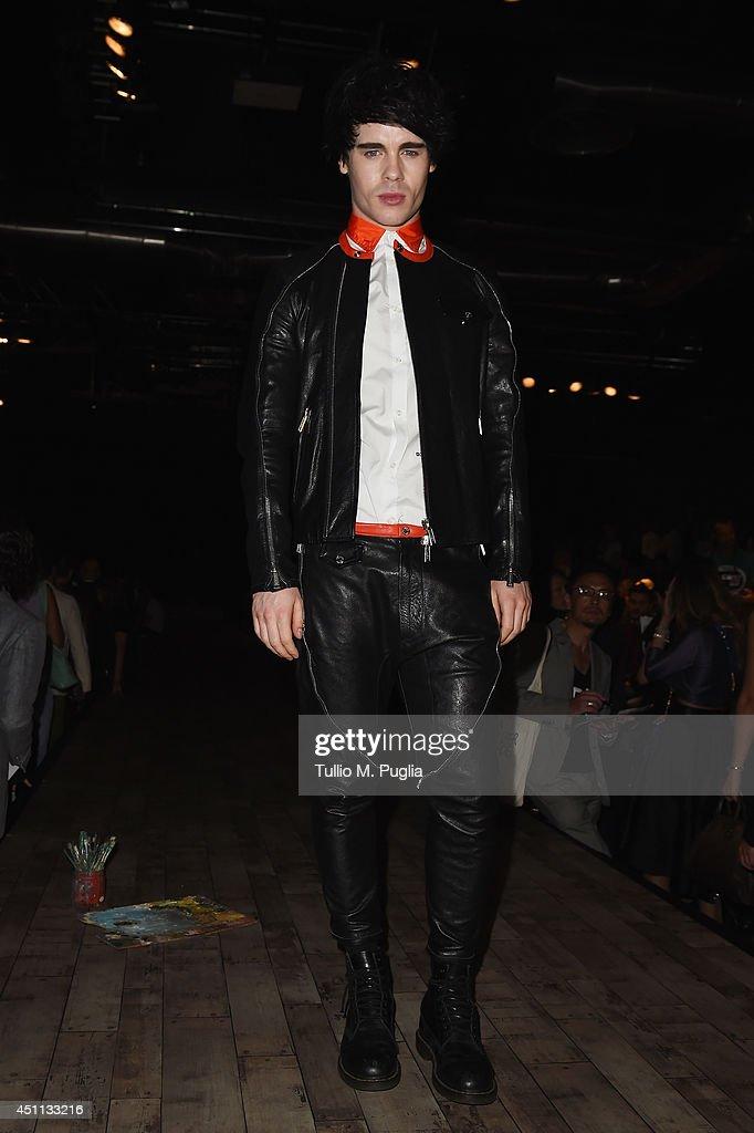DSquared2 - Front Row - Milan Fashion Week Menswear Spring/Summer 2015