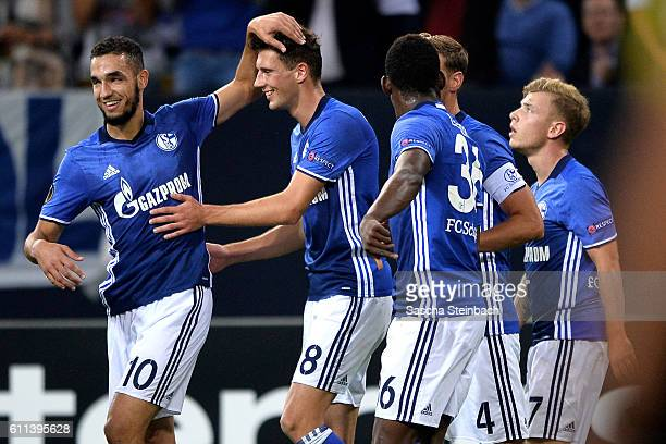 Leon Goretzka of Schalke celebrates with team mates after scoring the opening goal during the UEFA Europa League match between FC Schalke 04 and FC...