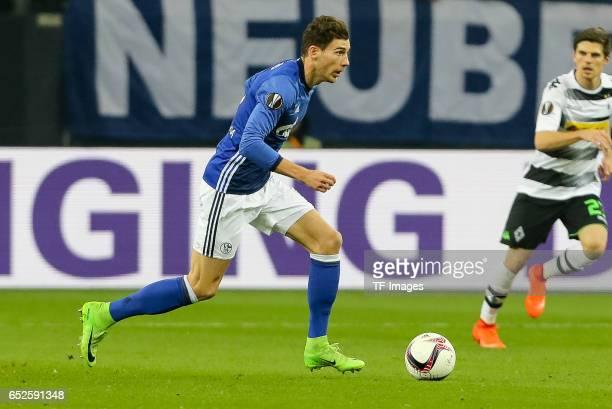 Leon Goretzka of Schalke controls the ball during the UEFA Europa League Round of 16 first leg match between FC Schalke 04 and Borussia...