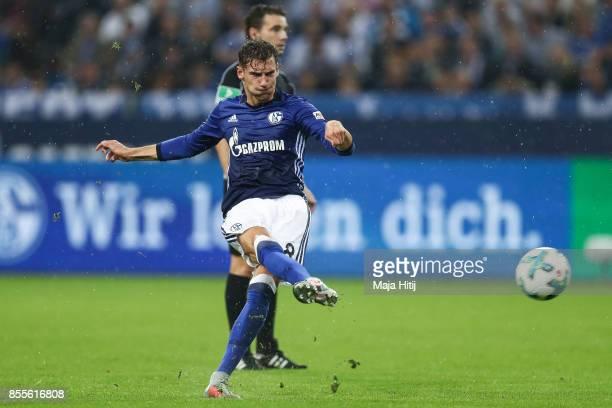 Leon Goretzka of Schalke scores his team's first goal to make it 10 during the Bundesliga match between FC Schalke 04 and Bayer 04 Leverkusen at...