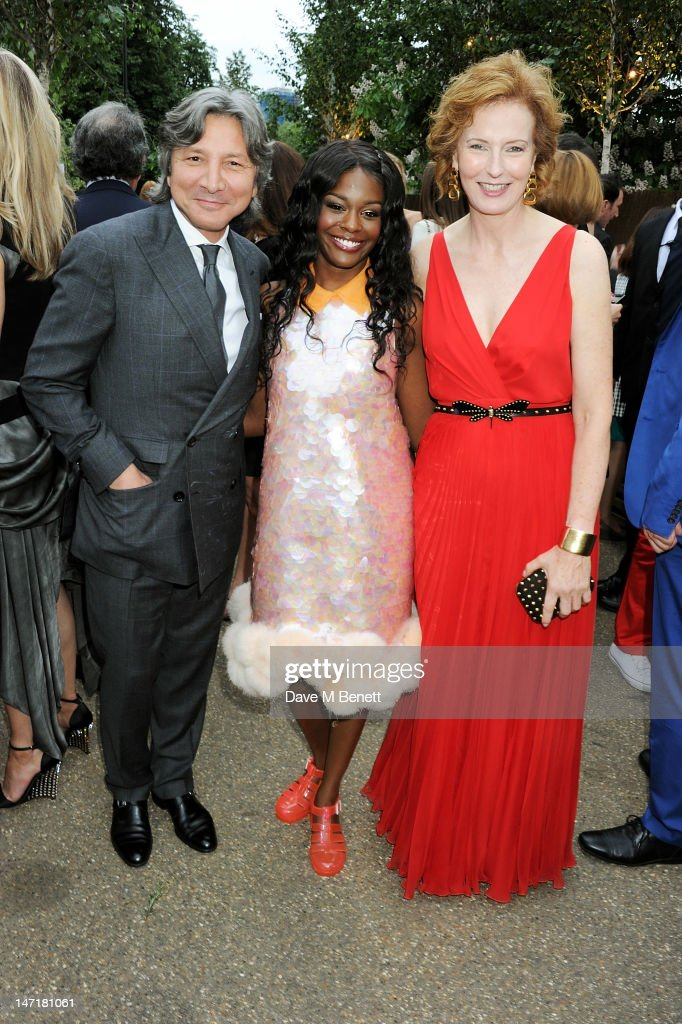 (L to R) Leon Max, <a gi-track='captionPersonalityLinkClicked' href=/galleries/search?phrase=Azealia+Banks&family=editorial&specificpeople=8607708 ng-click='$event.stopPropagation()'>Azealia Banks</a> and <a gi-track='captionPersonalityLinkClicked' href=/galleries/search?phrase=Julia+Peyton-Jones&family=editorial&specificpeople=2130494 ng-click='$event.stopPropagation()'>Julia Peyton-Jones</a> attend The Serpentine Gallery Summer Party sponsored by Leon Max at The Serpentine Gallery on June 26, 2012 in London, England.