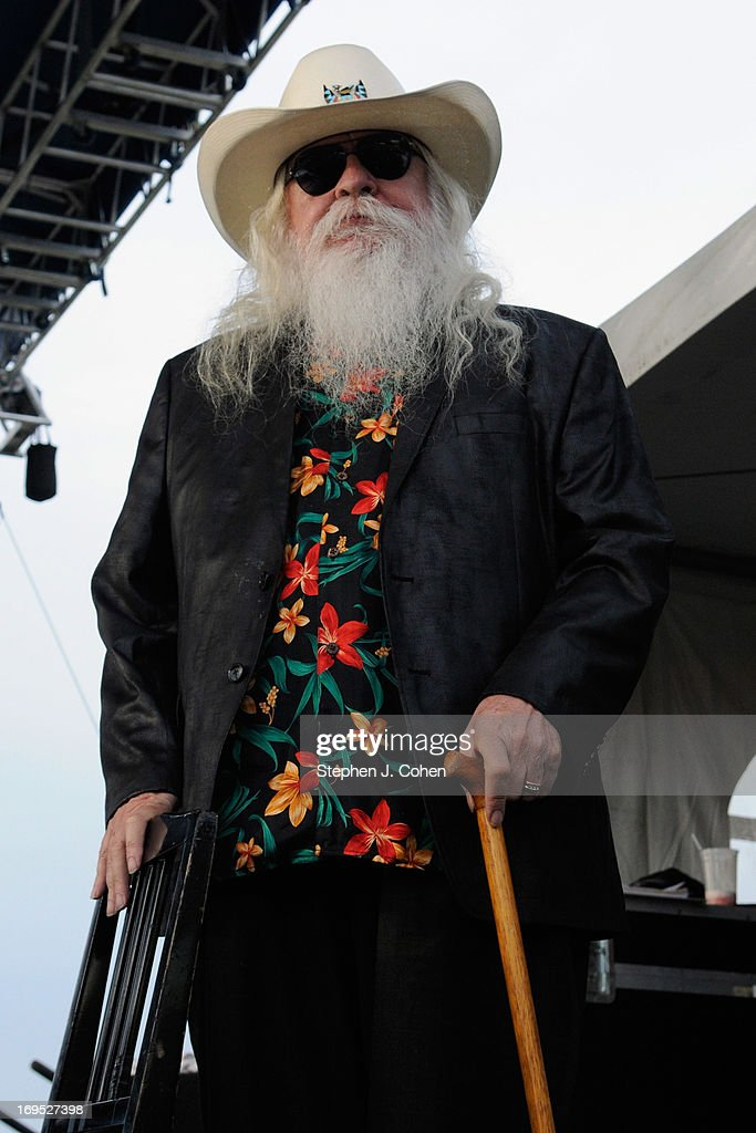 <a gi-track='captionPersonalityLinkClicked' href=/galleries/search?phrase=Leon+Russell&family=editorial&specificpeople=2002652 ng-click='$event.stopPropagation()'>Leon Russell</a> performs during the Abbey Road on the River Music Festival at The Belvedere on May 25, 2013 in Louisville, Kentucky.