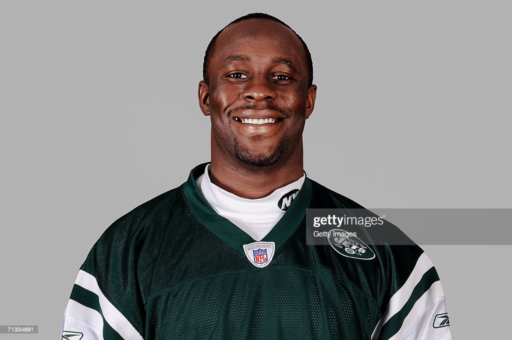 Leon Washington of the New York Jets poses for his 2006 NFL headshot at photo day in East Rutherford New Jersey
