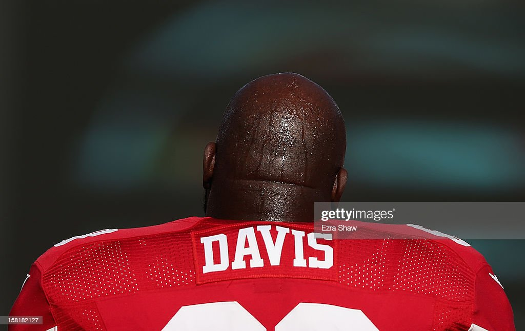 <a gi-track='captionPersonalityLinkClicked' href=/galleries/search?phrase=Leonard+Davis&family=editorial&specificpeople=775301 ng-click='$event.stopPropagation()'>Leonard Davis</a> #68 of the San Francisco 49ers warms up before their game against the Miami Dolphins at Candlestick Park on December 9, 2012 in San Francisco, California.