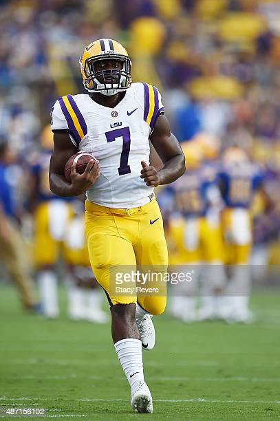 Leonard Fournette of the LSU Tigers participates in warmups prior to a game against the McNeese State Cowboys at Tiger Stadium on September 5 2015 in...