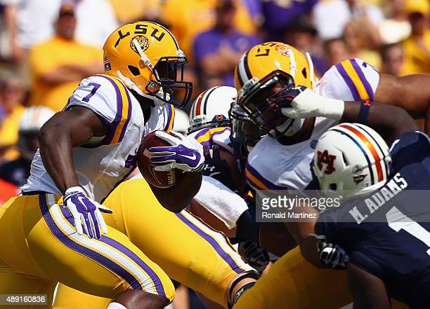Leonard Fournette of the LSU Tigers runs the ball for 71 yards against the Auburn Tigers in the first quarter at Tiger Stadium on September 19 2015...