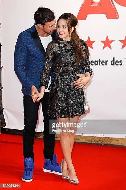 Leonard Freier and Angelina Heger attend the 'Sister Act The Musical' premiere at Stage Theater on October 16 2016 in Berlin Germany