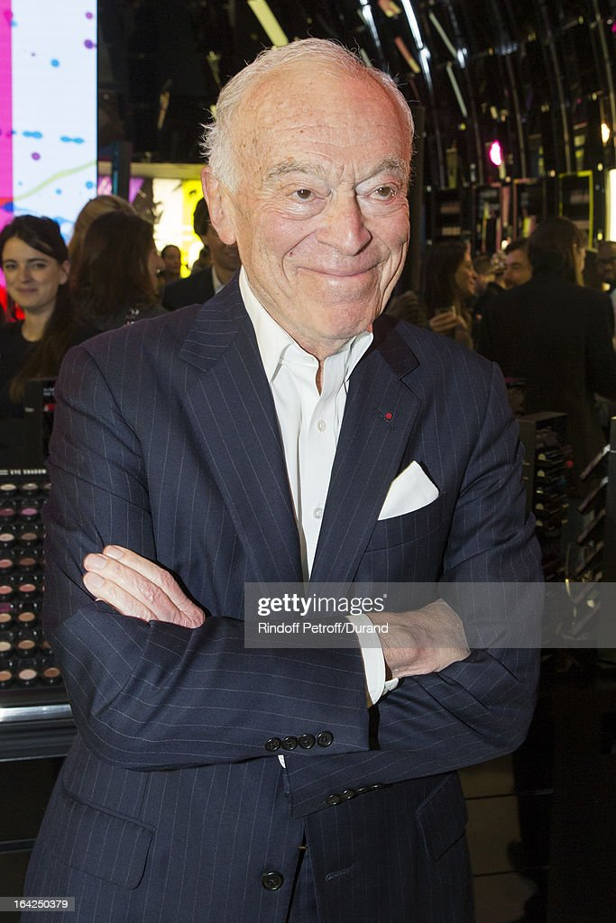 <a gi-track='captionPersonalityLinkClicked' href=/galleries/search?phrase=Leonard+Lauder&family=editorial&specificpeople=224870 ng-click='$event.stopPropagation()'>Leonard Lauder</a>, chairman emeritus of The Estee Lauder Companies Inc., attends the MAC Cosmetics Champs Elysees Opening Party on March 21, 2013 in Paris, France.