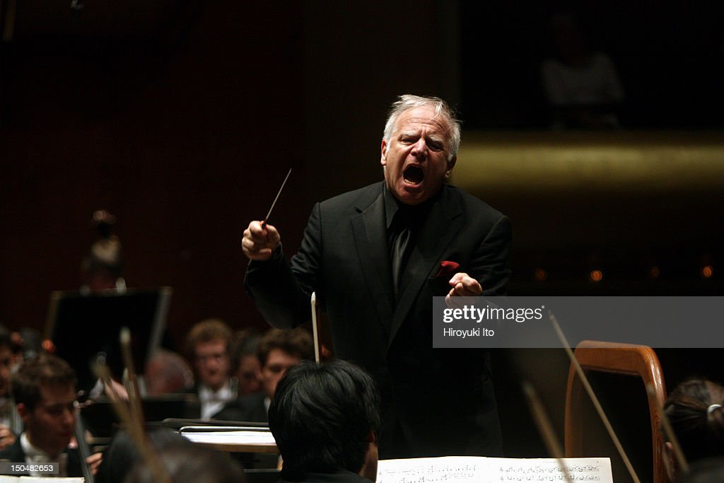 <a gi-track='captionPersonalityLinkClicked' href=/galleries/search?phrase=Leonard+Slatkin&family=editorial&specificpeople=226759 ng-click='$event.stopPropagation()'>Leonard Slatkin</a> conducting the Juilliard Orchestra in all William Schuman program at Avery Fisher Hall on Thursday night, April 1, 2010.