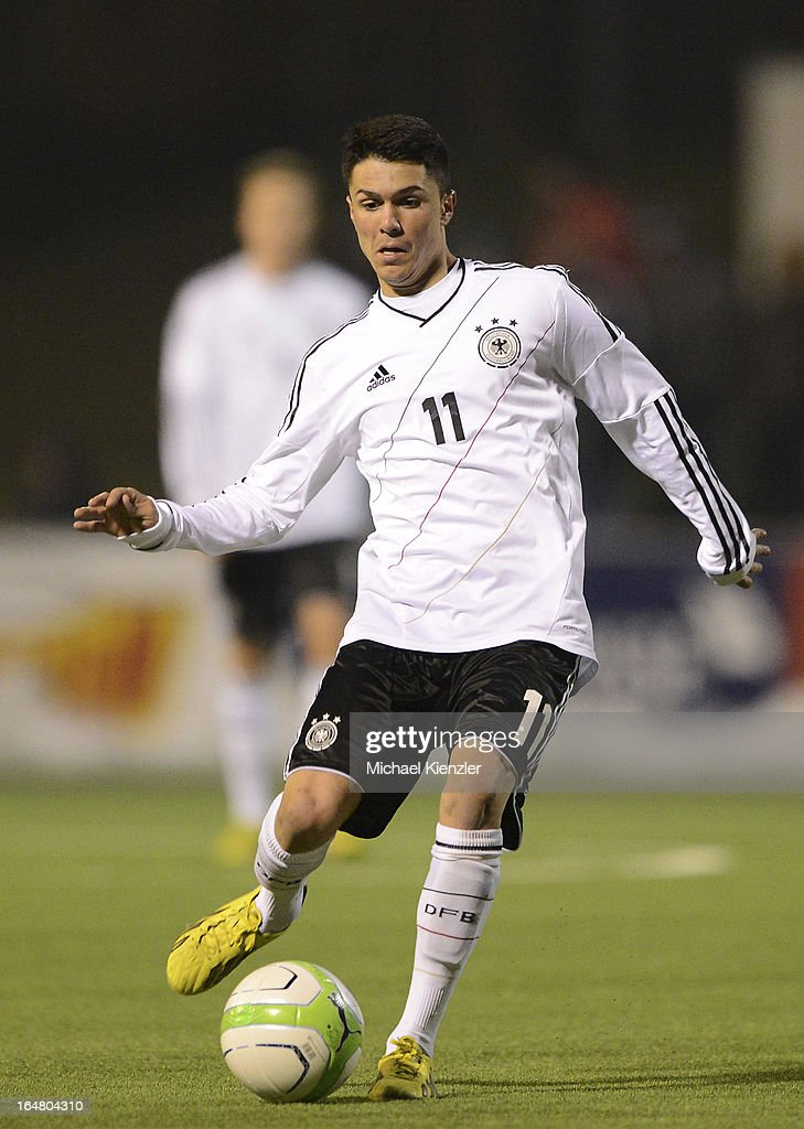 Leonardo Bittencourt of Germany runs with the ball during the international friendly match between U20 Switzerland and U20 Germany at Eps Stadium on March 26, 2013 in Baden, Switzerland