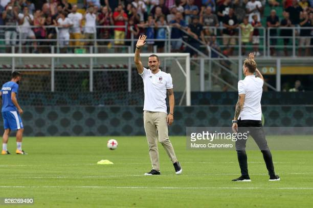 Leonardo Bonucci of AC Milan greets the fans prior to the UEFA Europa League Third Qualifying Round Second Leg match between AC Milan and CSU Craiova...