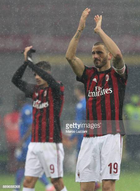 Leonardo Bonucci of AC Milan salutes the fans at the end of the Serie A match between AC Milan and Bologna FC at Stadio Giuseppe Meazza on December...