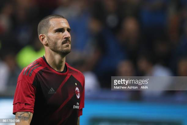 Leonardo Bonucci of AC Milan warms up prior to the Serie A match between FC Internazionale and AC Milan at Stadio Giuseppe Meazza on October 15 2017...