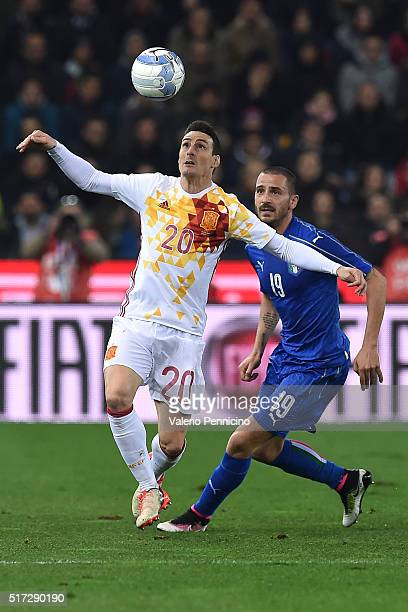 Leonardo Bonucci of Italy competes with Aritz Aduriz Zubeldia of Spain during the international friendly match between Italy and Spain at Stadio...