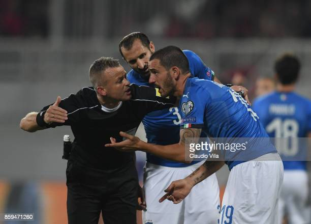 Leonardo Bonucci of Italy gestures with referee during the FIFA 2018 World Cup Qualifier between Albania and Italy at Loro Borici Stadium on October...