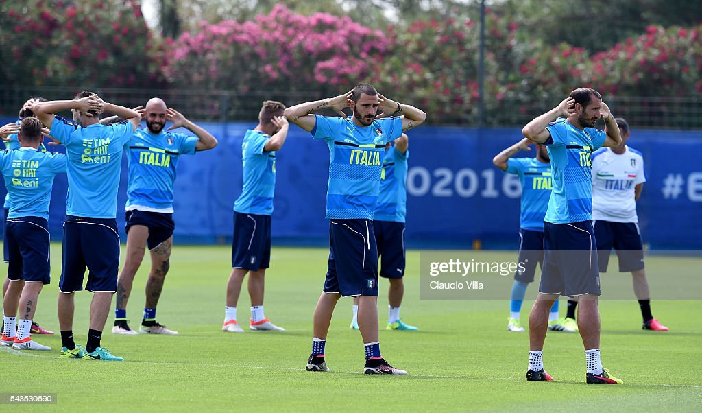 <a gi-track='captionPersonalityLinkClicked' href=/galleries/search?phrase=Leonardo+Bonucci&family=editorial&specificpeople=6166090 ng-click='$event.stopPropagation()'>Leonardo Bonucci</a> of Italy (C) in action during the training session at 'Bernard Gasset' Training Center on June 29, 2016 in Montpellier, France.