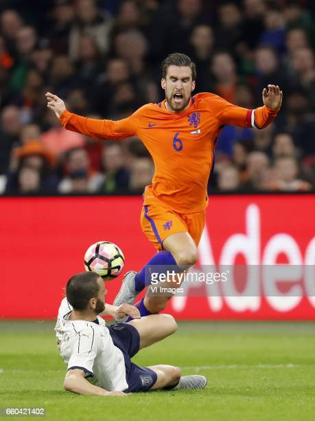 Leonardo Bonucci of Italy Kevin Strootman of Hollandduring the friendly match between Netherlands and Italy at the Amsterdam Arena on March 28 2017...