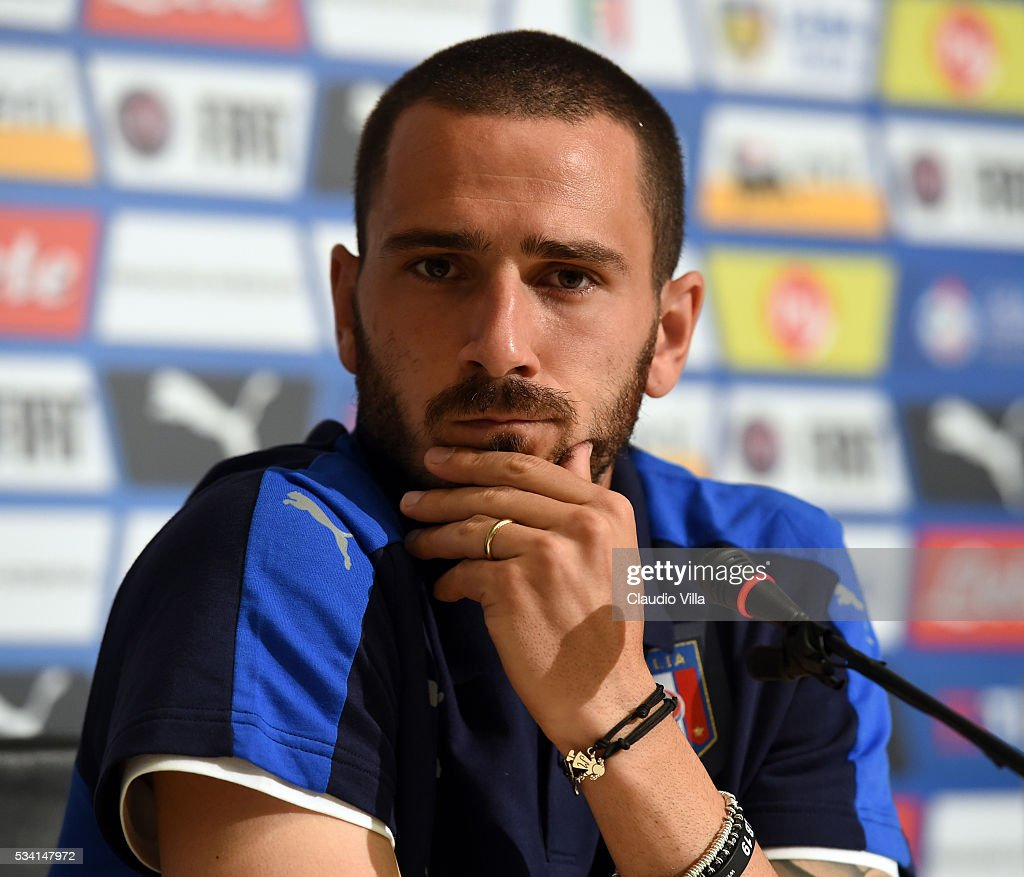 <a gi-track='captionPersonalityLinkClicked' href=/galleries/search?phrase=Leonardo+Bonucci&family=editorial&specificpeople=6166090 ng-click='$event.stopPropagation()'>Leonardo Bonucci</a> of Italy speaks to the media during a press conference at the club's training ground at Coverciano on May 25, 2016 in Florence, Italy.