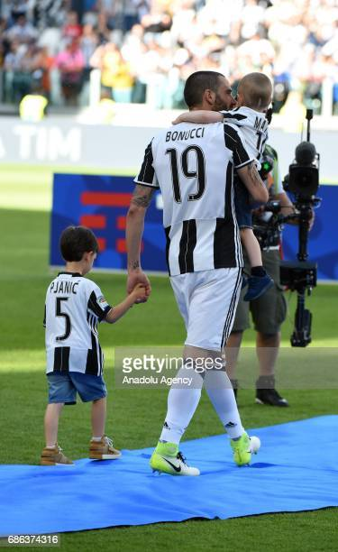 Leonardo Bonucci of Juventus celebrates the Italian Serie A championship after winning the Italian Serie A soccer match between Juventus FC and FC...