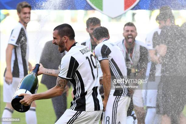 Leonardo Bonucci of Juventus FC celebrates after beating FC Crotone 30 to win the Serie A Championships at the end of the Serie A match between...