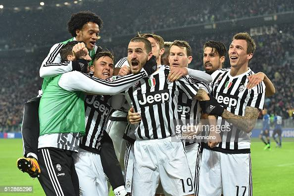 Leonardo Bonucci of Juventus FC celebrates the opening goal with team mates during the Serie A match between Juventus FC and FC Internazionale Milano...