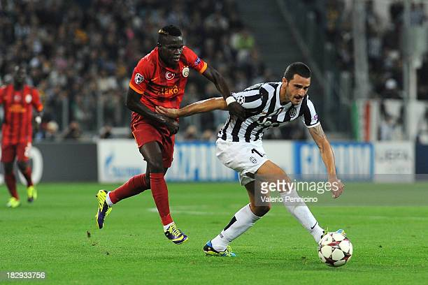 Leonardo Bonucci of Juventus is challenged by Bruma of Galatasaray AS during UEFA Champions League Group B match between Juventus and Galatasaray AS...