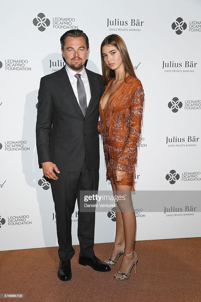 leonardo-dicaprio-and-helena-gatsby-daughter-of-mg-gf-chairman-pose-picture-id578968706