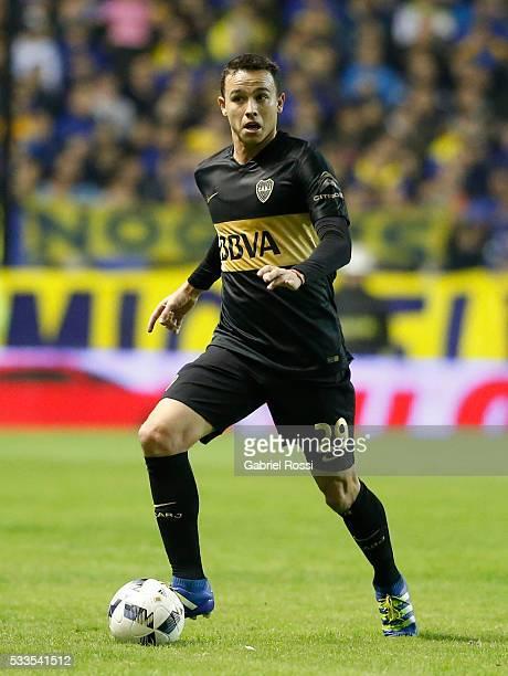 Leonardo Jara of Boca Juniors drives the ball during a match between Boca Juniors and Defensa y Justicia as part of round 16 of Torneo Transicion...
