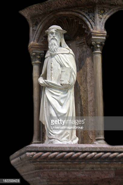 Leonardo Marchioni De Malaspinis Monument made ca 14301435 in stucco marble Istrian Malaspina was a military commander who died in 1407