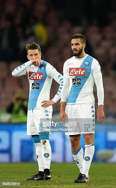 Leonardo Pavoletti and Piotr Zielinski of SSC Napoli show their disappointment after the Serie A match between SSC Napoli and US Citta di Palermo at...