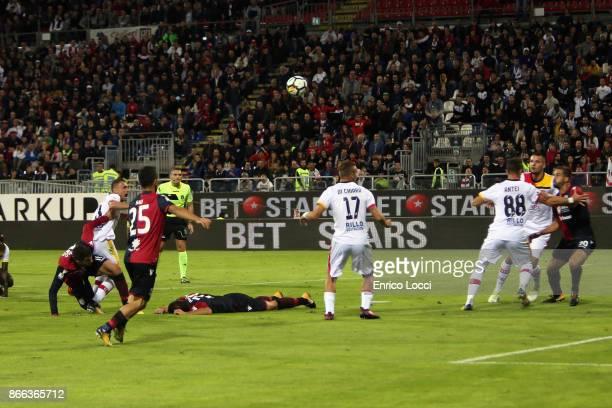 Leonardo Pavoletti of Cagliar scored the goal 10 the Serie A match between Cagliari Calcio and Benevento Calcio at Stadio Sant'Elia on October 25...