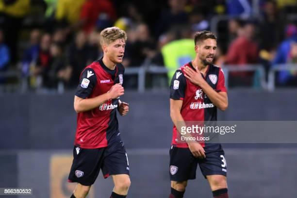 Leonardo Pavoletti of Cagliari celebrates his goal 21 during the Serie A match between Cagliari Calcio and Benevento Calcio at Stadio Sant'Elia on...