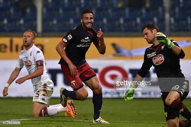 Leonardo Pavoletti of Genoa CFC celebrates a goal during the Serie A match between Genoa CFC and Torino FC at Stadio Luigi Ferraris on May 11 2015 in...