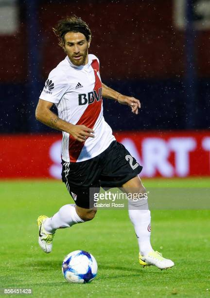 Leonardo Ponzio of River Plate drives the ball during a match between Tigre and River Plate as part of Superliga 2017/18 at Jose Dellagiovanna...