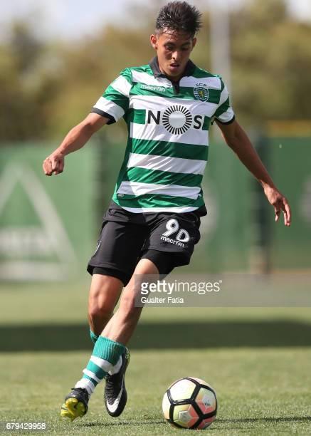 Leonardo Ruiz of Sporting CP B in action during the Segunda Liga match between Sporting CP B and SL Benfica B at CGD Stadium Aurelio Pereira on May 5...