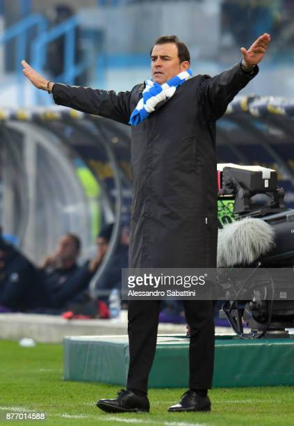 Leonardo Semplici head coach of Spal reacts during the Serie A match between Spal and ACF Fiorentina at Stadio Paolo Mazza on November 19 2017 in...