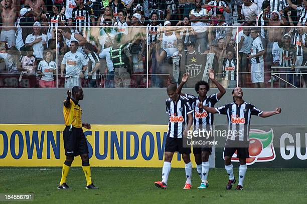 Leonardo Silva Jo and Ronaldinho of Atletico MG celebrate a scored goal during a match between Atletico MG and Fluminense as part of Campeonato...