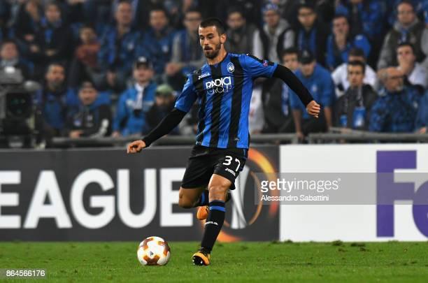 Leonardo Spinazzola of Atalanta in action during the UEFA Europa League group E match between Atalanta and Apollon Limassol at Mapei Stadium Citta'...