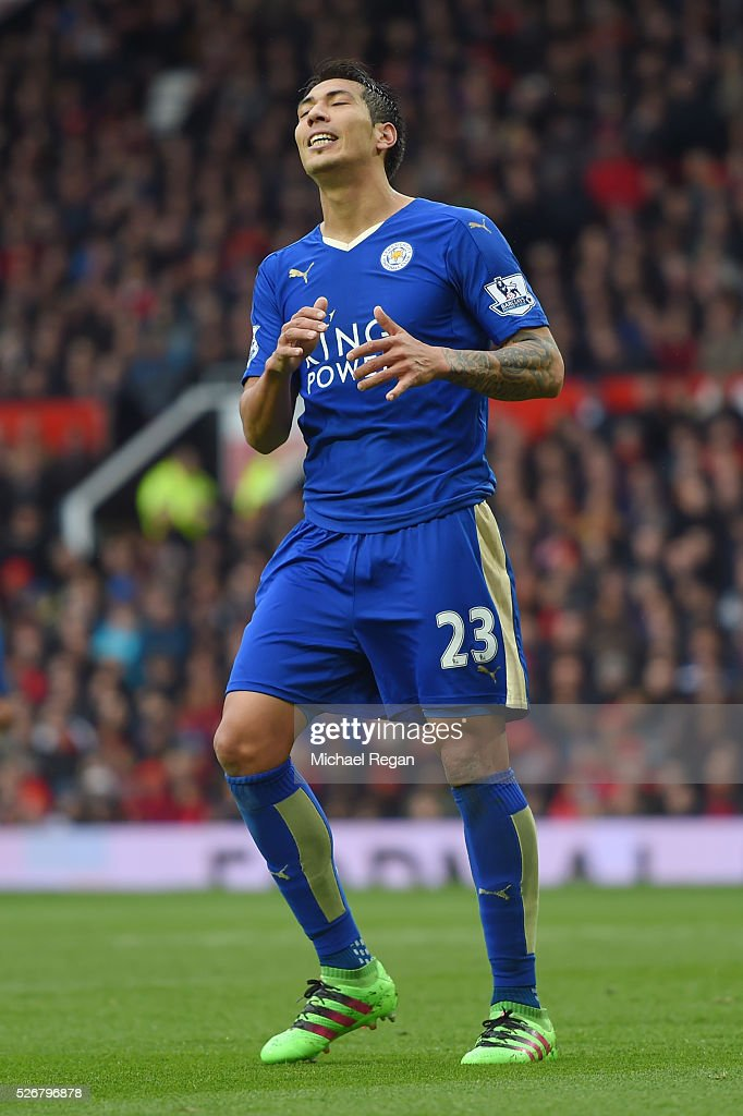 <a gi-track='captionPersonalityLinkClicked' href=/galleries/search?phrase=Leonardo+Ulloa&family=editorial&specificpeople=7433674 ng-click='$event.stopPropagation()'>Leonardo Ulloa</a> of Leicester City reacts during the Barclays Premier League match between Manchester United and Leicester City at Old Trafford on May 1, 2016 in Manchester, England.