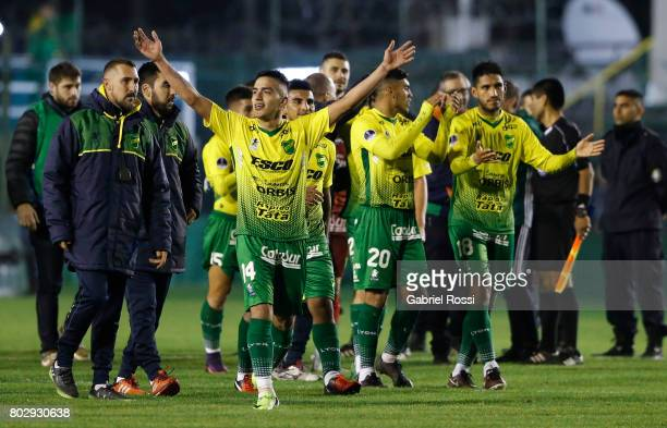 Leonel Miranda of Defensa y Justicia celebrate after winning the first leg match between Defensa y Justicia and Chapecoense as part of second round...