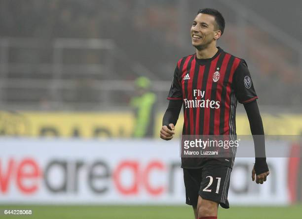 Leonel Vangioni of AC Milan celebrates a victory at the end of the Serie A match between AC Milan and ACF Fiorentina at Stadio Giuseppe Meazza on...