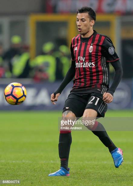 Leonel Vangioni of AC Milan in action during the Serie A match between AC Milan and AC ChievoVerona at Stadio Giuseppe Meazza on March 4 2017 in...
