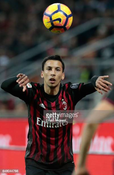 Leonel Vangioni of AC Milan looks the ball during the Serie A match between AC Milan and AC ChievoVerona at Stadio Giuseppe Meazza on March 4 2017 in...