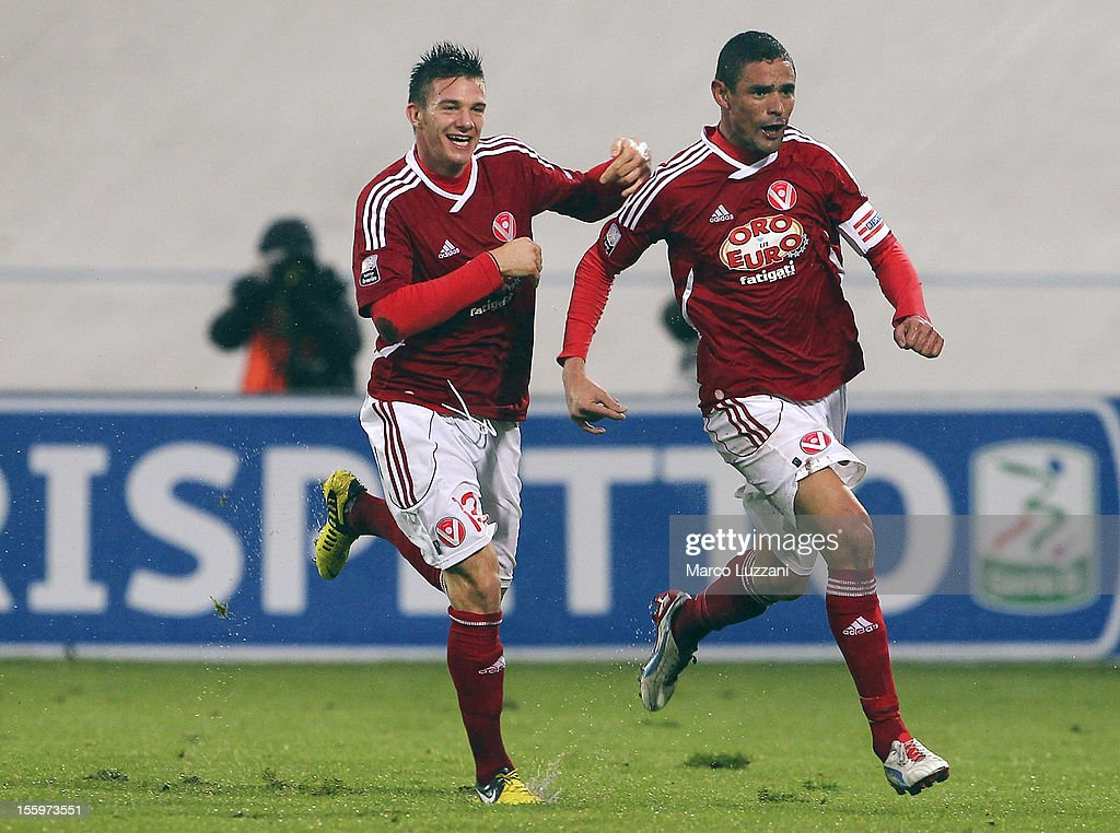 Leonidas Neto Pereira (R) of AS Varese celebrates with his team-mate Riccardo Fiamozzi (L) after scoring his goal during the Serie B match between AS Varese and Calcio Padova at Stadio Franco Ossola on November 10, 2012 in Varese, Italy.