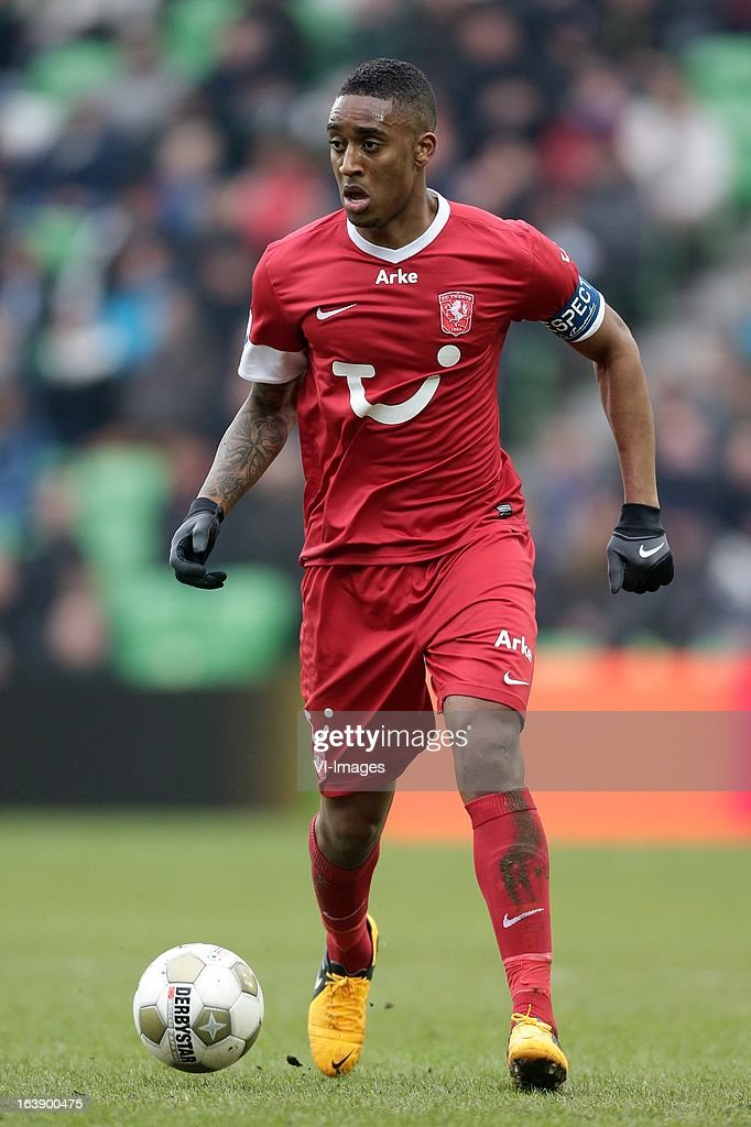 Leroy Fer of FC Twente during the Dutch Eredivisie match between FC Groningen and FC Twente at the Euroborg Stadium on march 17, 2013 in Groningen, The Netherlands