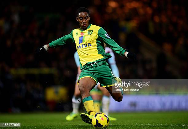 Leroy Fer of Norwich City scores their third goal during the Barclays Premier League match between Norwich City and West Ham United at Carrow Road on...