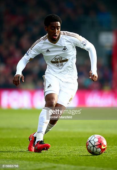 Leroy Fer of Swansea in action during the Barclays Premier League match between AFC Bournemouth and Swansea City at Vitality Stadium on March 12 2016...