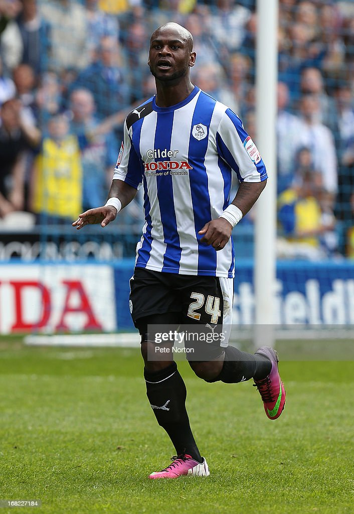 <a gi-track='captionPersonalityLinkClicked' href=/galleries/search?phrase=Leroy+Lita&family=editorial&specificpeople=661193 ng-click='$event.stopPropagation()'>Leroy Lita</a> of Sheffield Wednesday in action during the npower Championship match between Sheffield Wednesday and Middlesbrough at Hillsborough Stadium on May 4, 2013 in Sheffield, England.