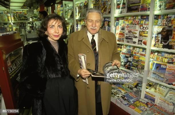 Les avocats de la famille Villemin MarieChristine Chastant et HenriRene Garaud apres l'audience s'appretent a rentrer a Paris en decembre 1993 a...