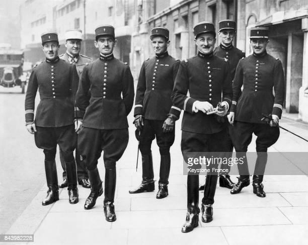 Les cavaliers du Cadre noir de l'école de cavalerie de Saumur sont à Londres en Angleterre au RoyaumeUni pour une des plus grandes compétitions...